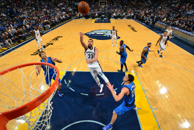 Marc Gasol estuvo en el duelo ante Dallas Mavericks.