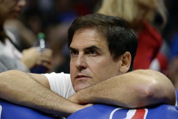 Mark Cuban cree que es muy díficl elegir un buen entrenador.