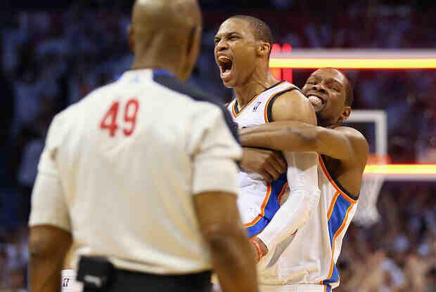Oklahoma City Thunder presenta la temporada de esta manera tan espectacular