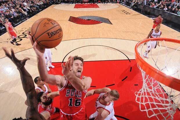 Buen Pau Gasol en la victoria de Chicago Bulls