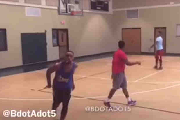 El imitador de la NBA se fija ahora en Stephen Curry