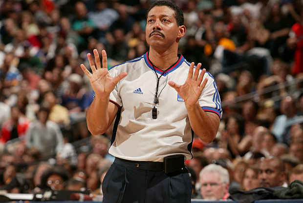 Billi Kennedy árbitro NBA