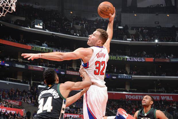 Blake Griffin vuela hacia el aro