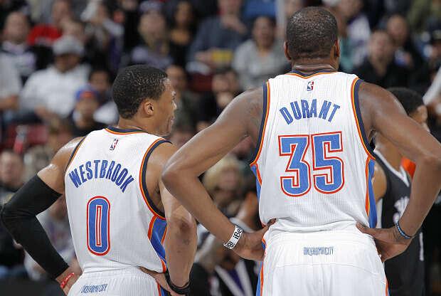 Kevin Durant y Russell Westbrook, jugadores de Oklahoma City Thunder