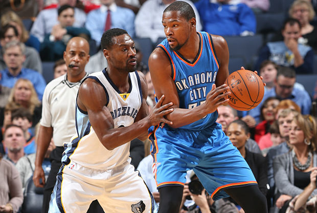 Kevin Durant en partido ante Memphis Grizzlies.