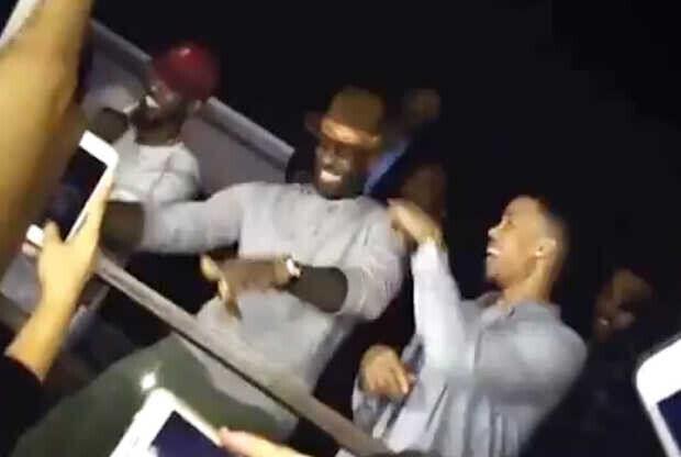 LeBron James en un club de Arizona
