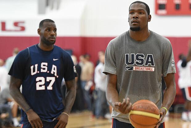 LeBron James cree que la prensa tiene a Kobe Bryant en el lugar que merece.
