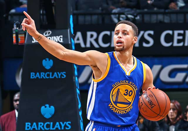 Stephen Curry dirige el ataque de Golden State Warriors