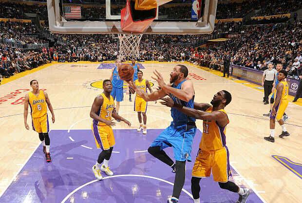 Dallas Mavericks contra Los Angeles Lakers