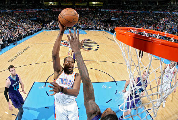 Kevin Durant contra Charlotte Hornets