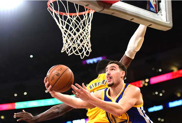 Un gran Klay Thompson contra los Lakers