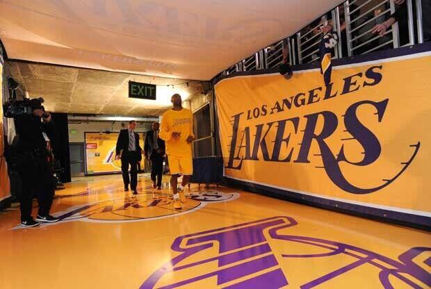 Kobe Bryant recae de su lesión
