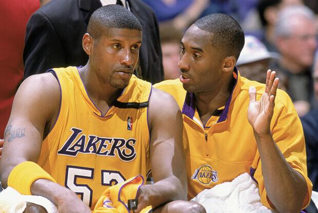 Kobe Bryant y Samaki Walker