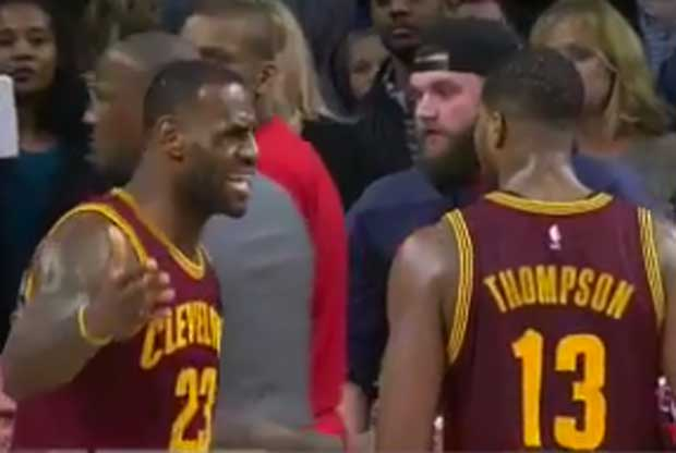 LeBron James le echa la bronca a Tristan Thompson