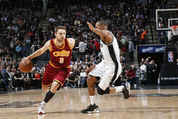 Matthew Dellavedova el jugador más sucio de la NBA