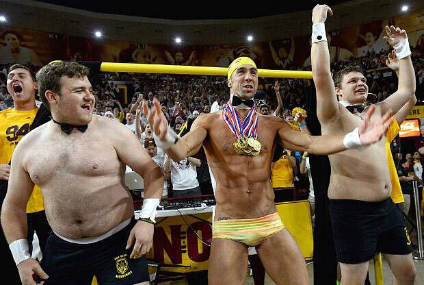 Michael Phelps, nadador profesional