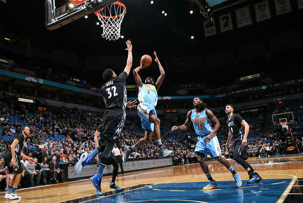 Minnesotta Timberwolves ante Denver Nuggets