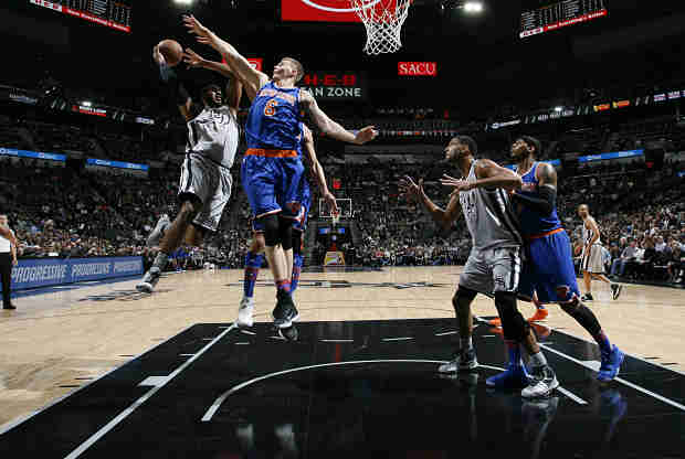 New York Knicks ante San Antonio Spurs