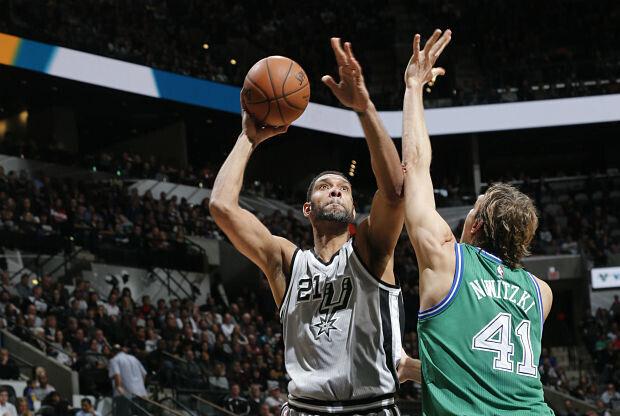 Spurs 113- Mavericks 83