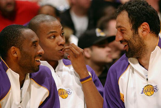 Vlade Divac y Kobe Bryant Los Angeles Lakers
