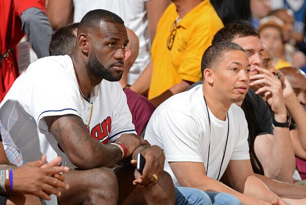 LeBron James y Tyron Lue, Cleveland Cavaliers