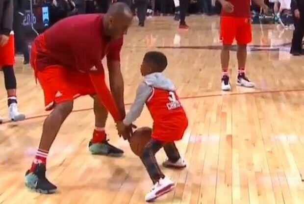 El hijo de Chris Paul defiende a Kobe Bryant