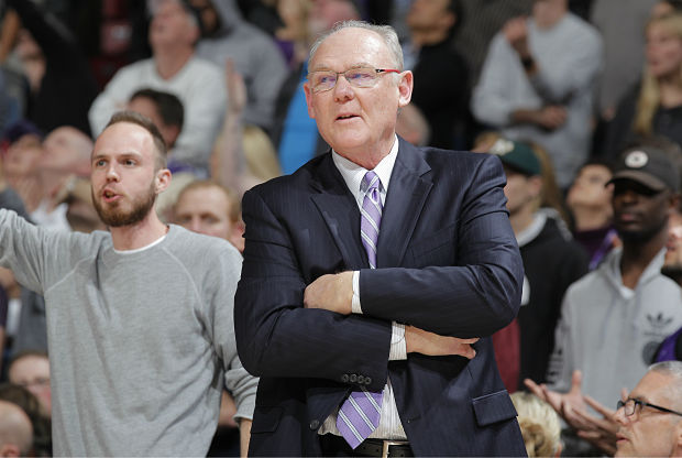 George Karl de Sacramento Kings