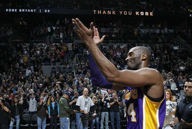 Kobe Bryant se despide en San Antonio