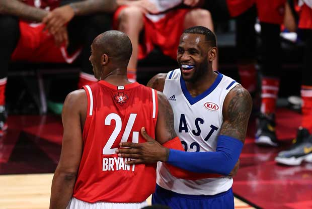 LeBron James y Kobe Bryant, durante el All-Star Game