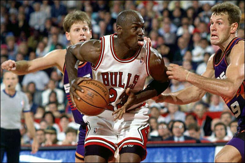 Michael Jordan contra Phoenix Suns