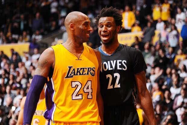 Buen rollo entre Andrew Wiggins y Kobe Bryant