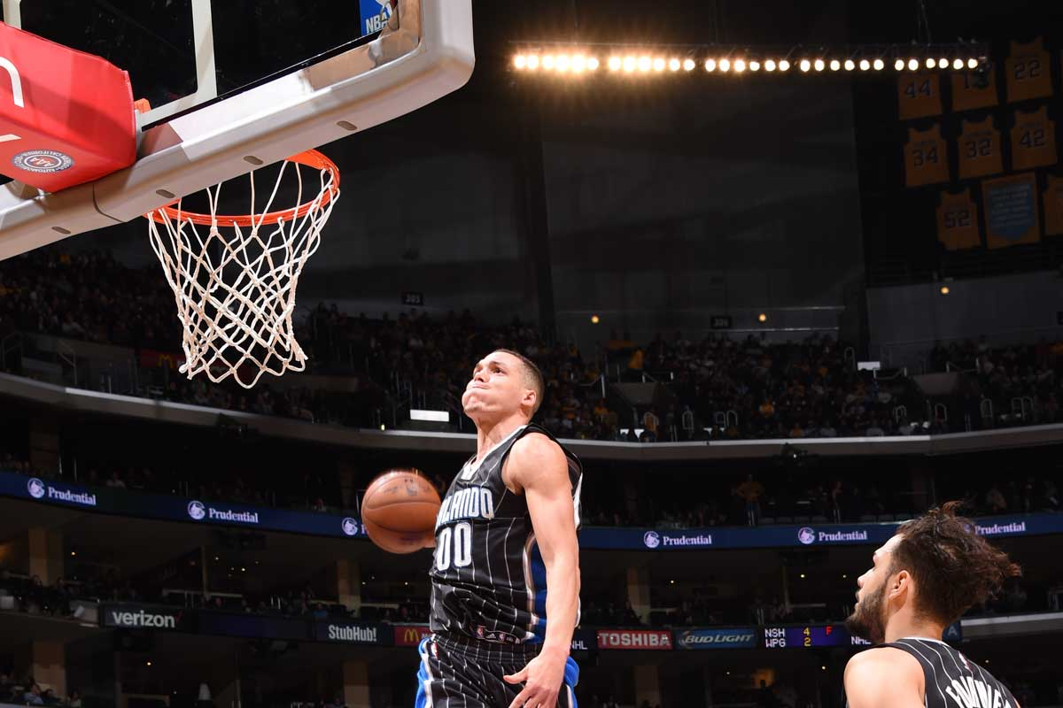 Mate brutal de Aaron Gordon ante Los Angeles Lakers