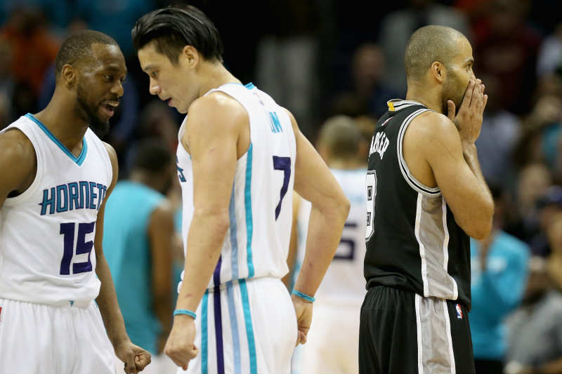 Charlotte Hornets contra San Antonio Spurs