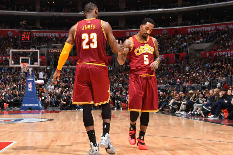 J.R. Smith - LeBron James de Cleveland Cavaliers