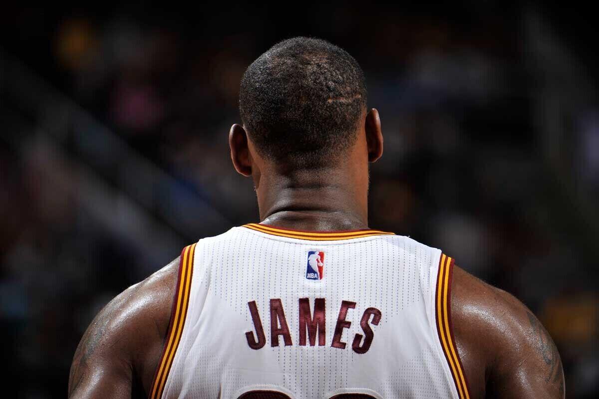 LeBron James deja de seguir a Cleveland Cavaliers en Twitter