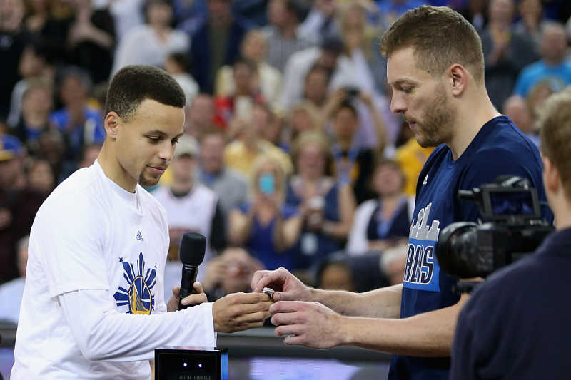 Stephen Curry y David Lee, ex compañeros