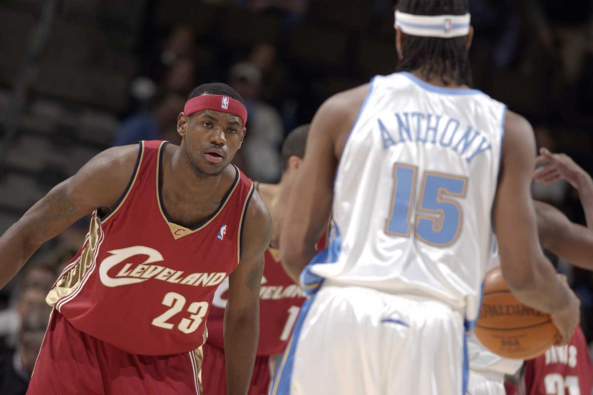 LeBron James no pudo hacer nada por parar a su amigo y rival