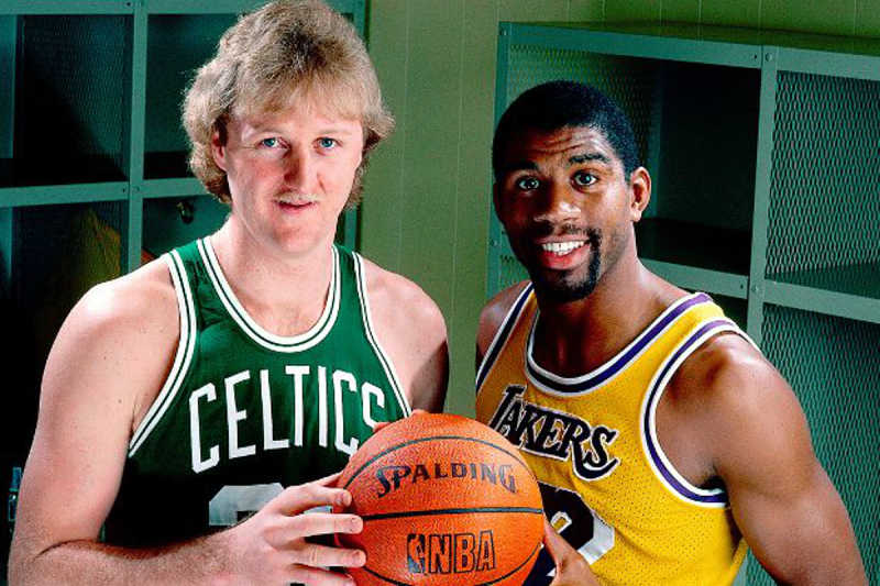 Magic Johnson y Larry Bird, estrellas de los 80