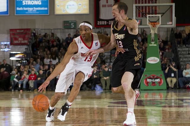 Avery Bradley en la D-League