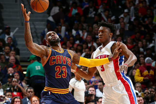 Stanley Johnson se enfrenta a LeBron James