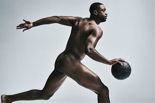 Dwyane Wade posa desnudo