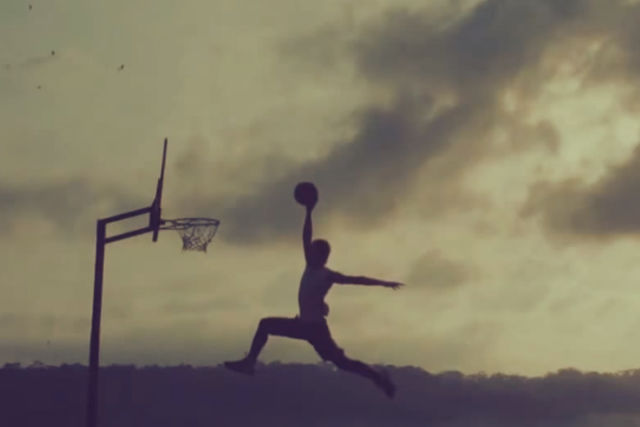 Espectacular vídeo sobre baloncesto