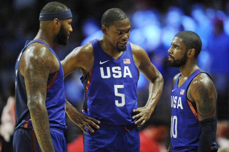 Miembros del Team USA en plena conversación
