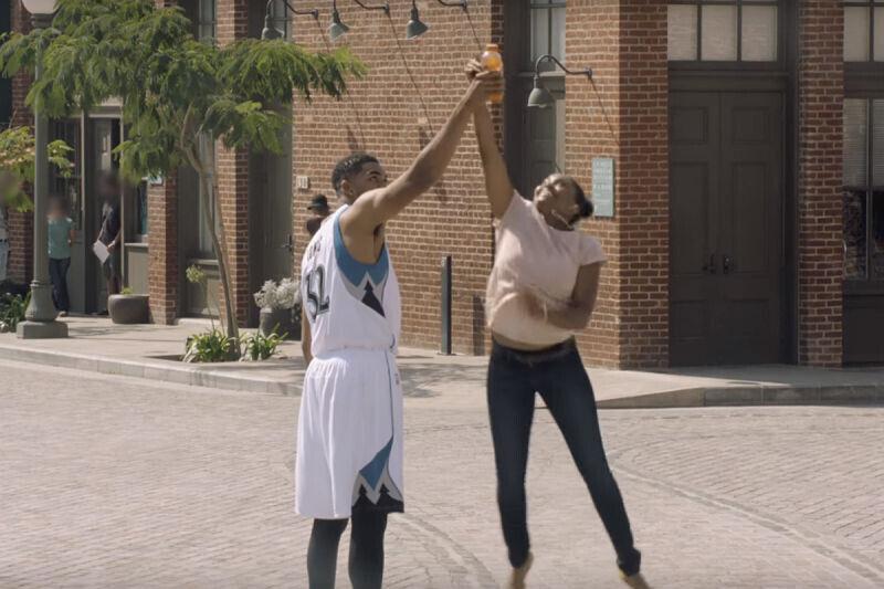 Karl-Anthony Towns protagoniza un comercial de Gatorade