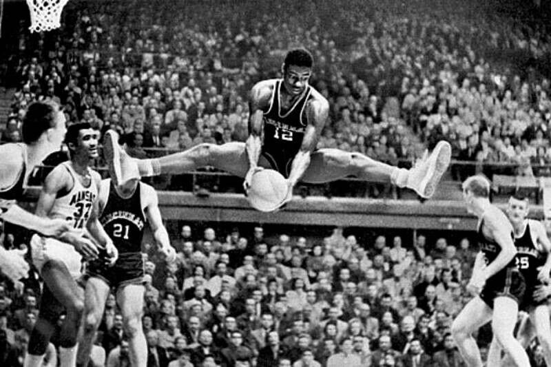 Oscar Robertson, leyenda de la NBA