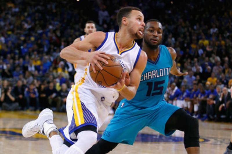 Stephen Curry y Kemba Walker, estrellas de la NBA
