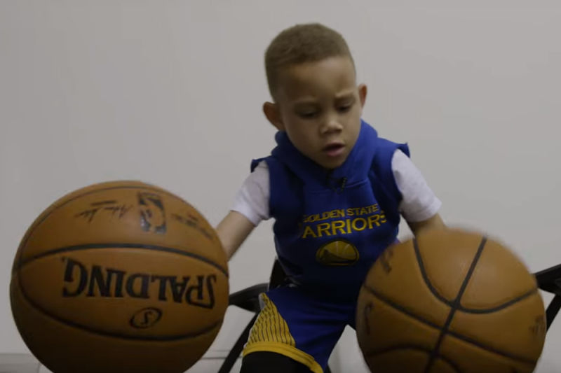 El niño que es como Stephen Curry