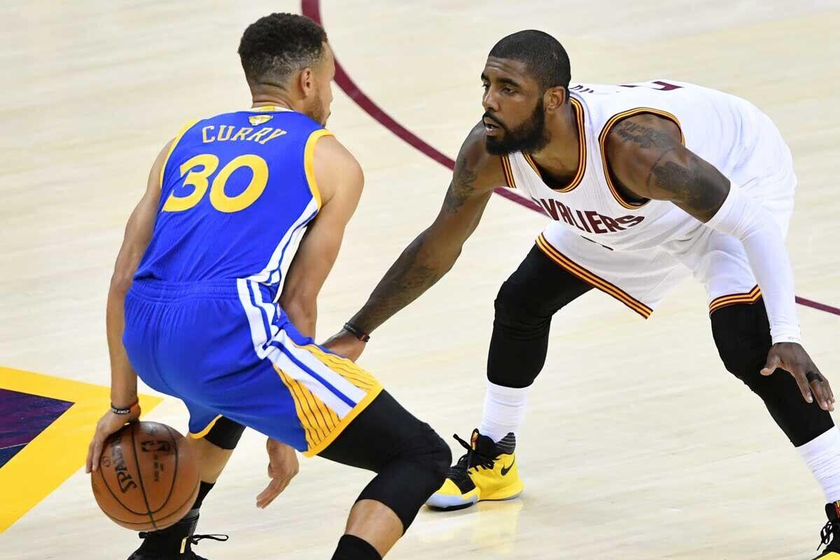 Stephen Curry, jugador de Golden State Warriors; Kyrie Irving, jugador de Cleveland Cavaliers