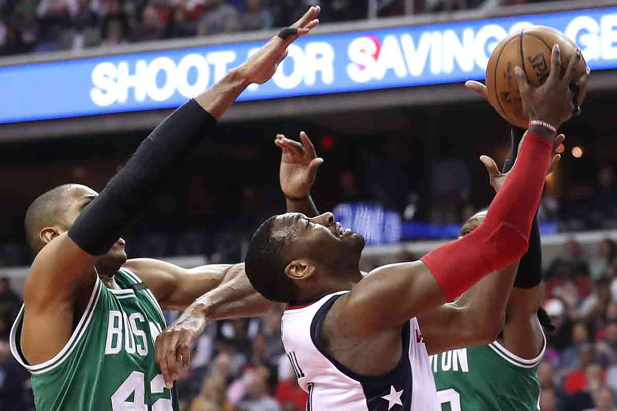 John Wall, jugador de Washington Wizards, Al Horford jugador de Boston Celtics